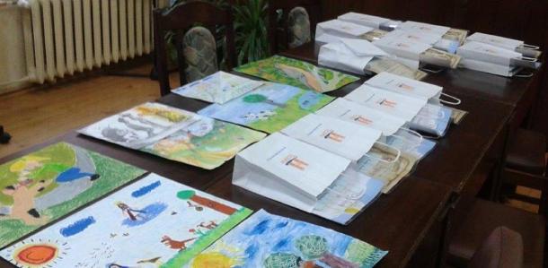 Konkurs literacko-plastyczny nailustracje doutworów ks.Jana Twardowskiego