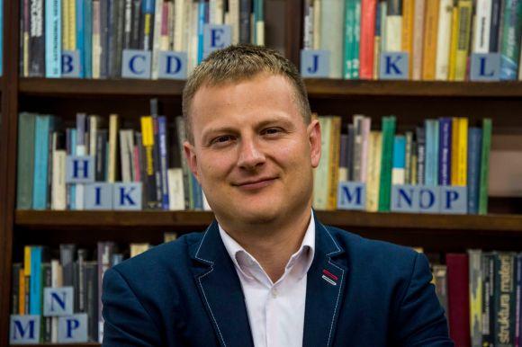 Dyrektor Miejskiej Biblioteki Publicznej wTczewie, drKrzysztof Korda