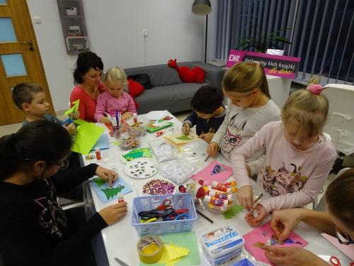 Świąteczne spotkanie Dyskusyjnego Klubu Książki dla Dzieci