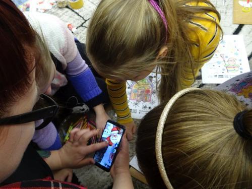 Świąteczne zajęcia wDyskusyjnym Klubie Książki dla Dzieci