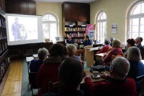 Spotkanie zIloną Wiśniewską wramach Dyskusyjnego Klubu Książki