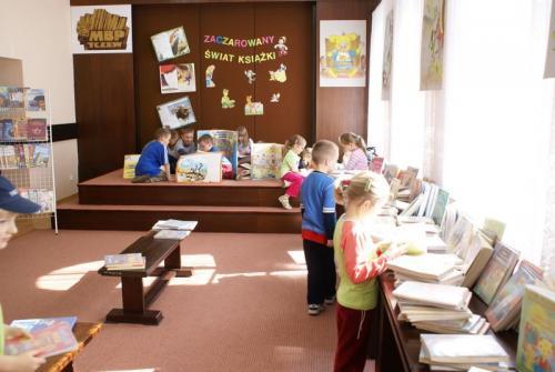 Wystawa Zaczarowany świat książki